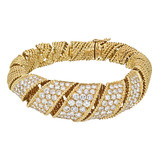 18k Gold & Pavé Diamond 'Ribbon' Twist Bangle