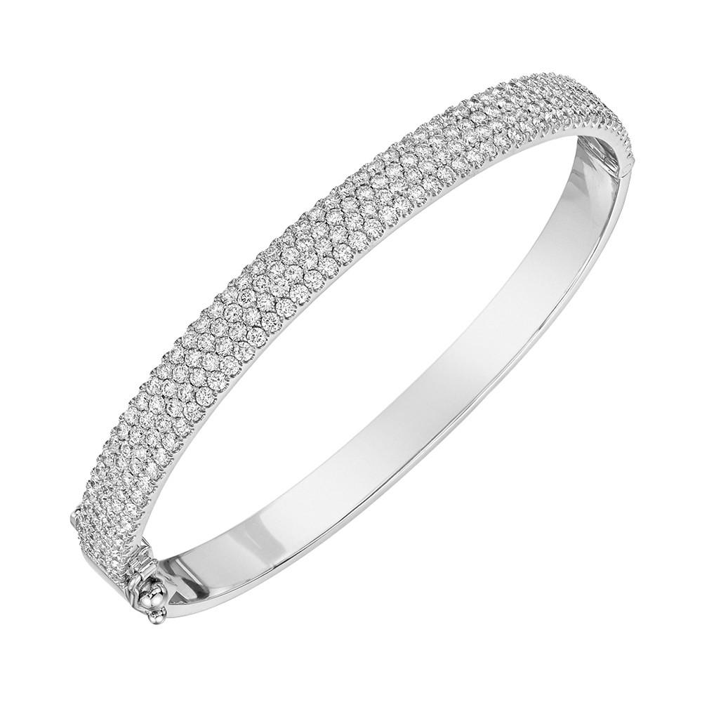 18k White Gold & Pavé Diamond Bangle