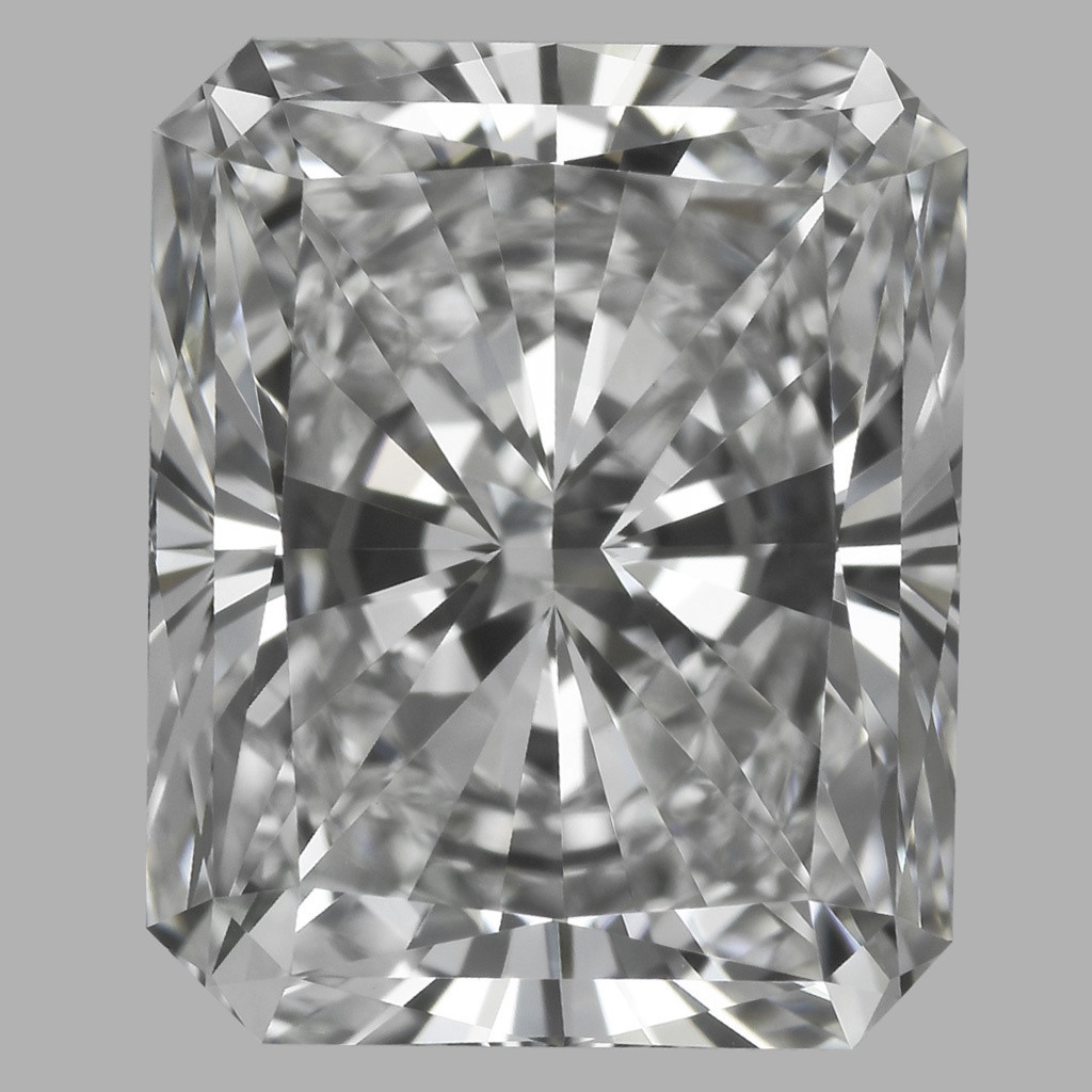 3.02 Carat Radiant Diamond (E/VVS2)