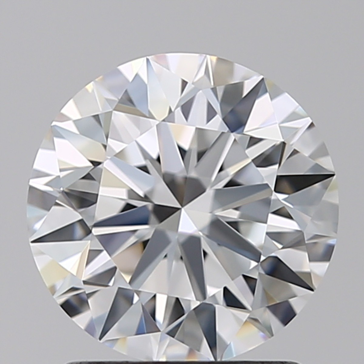 1.45 Carat Round Brilliant Diamond (E/VVS1)