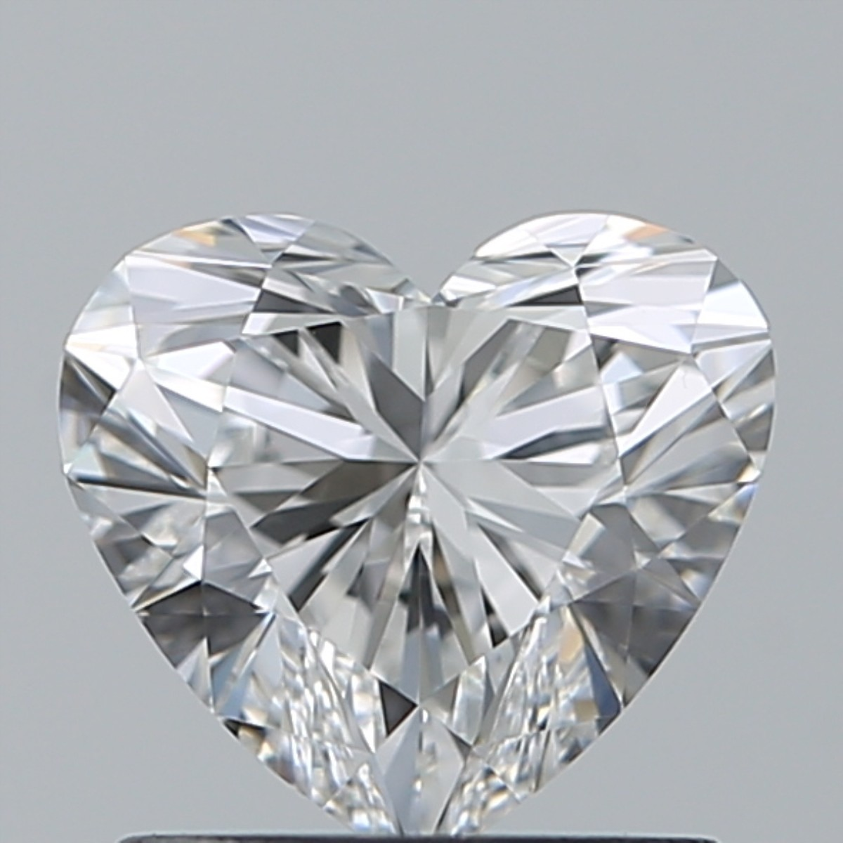 0.90 Carat Heart Diamond (E/VVS2)