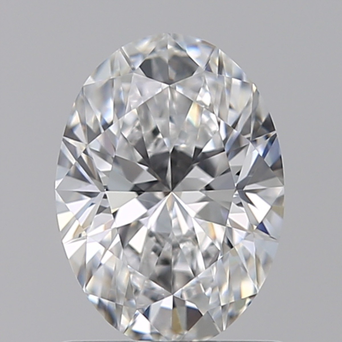 0.90 Carat Oval Diamond (D/VVS2)