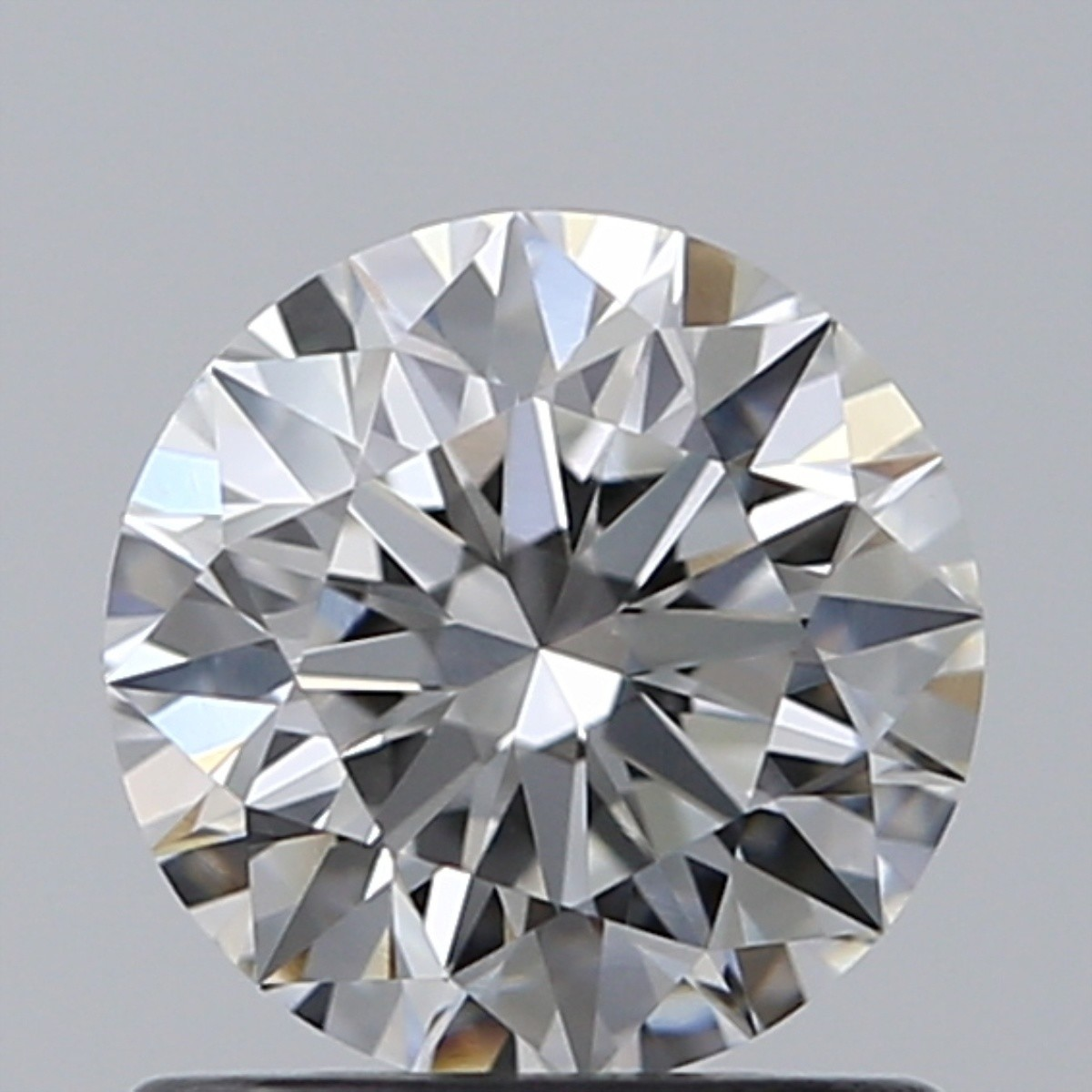0.80 Carat Round Brilliant Diamond (F/VS2)