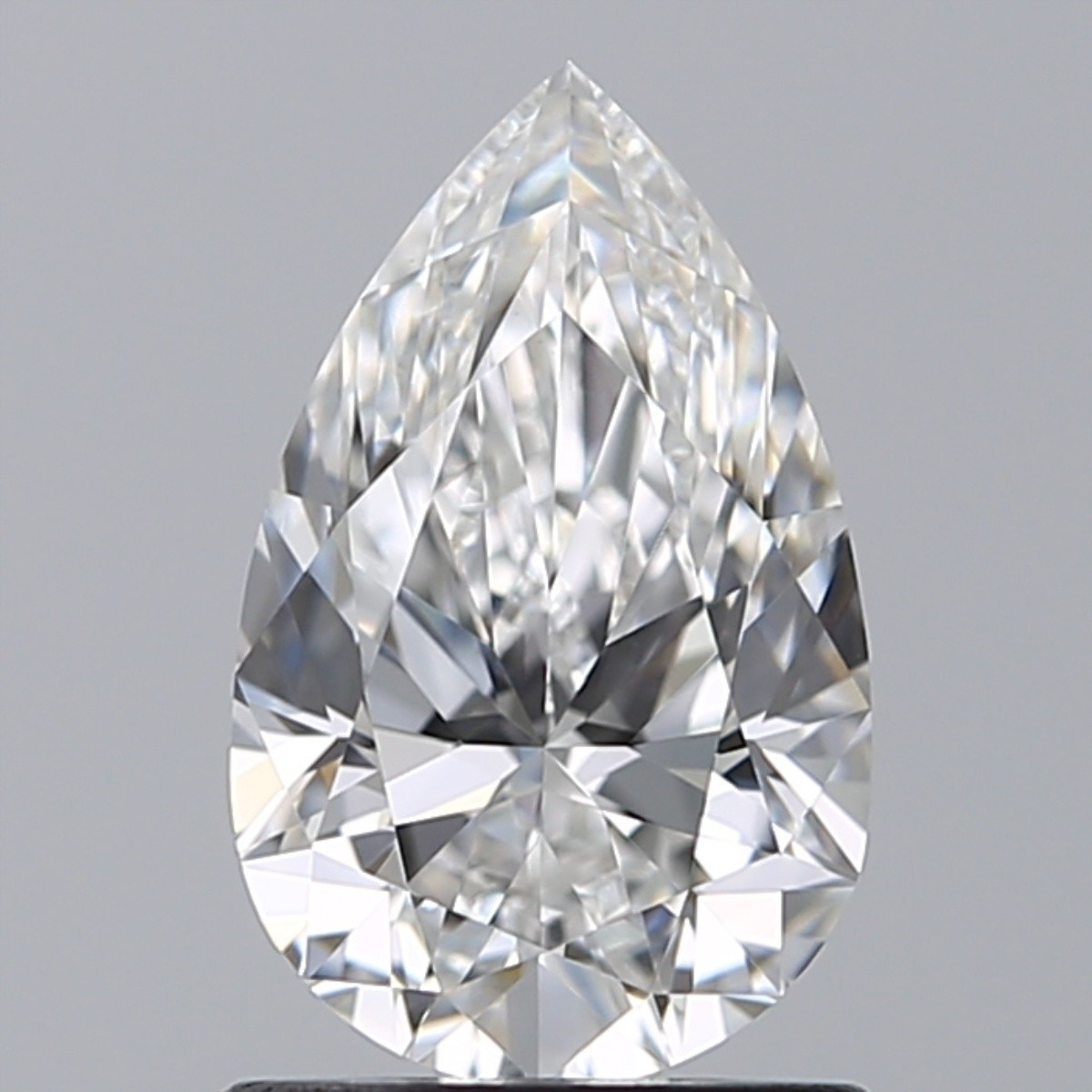 1.00 Carat Pear Diamond (E/VVS2)