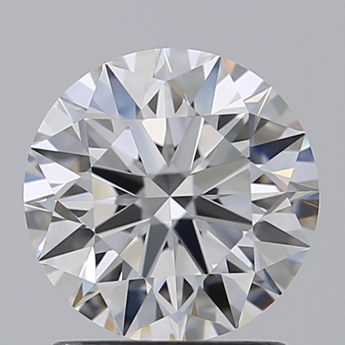 1.42 Carat Round Brilliant Diamond (E/VVS2)