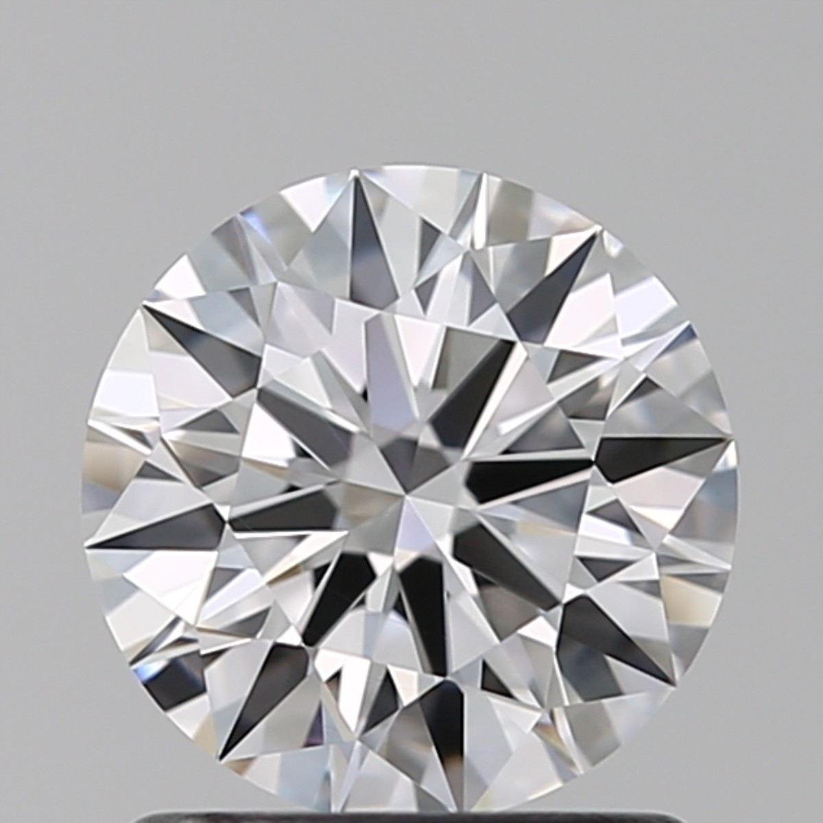 1.05 Carat Round Brilliant Diamond (E/VVS1)