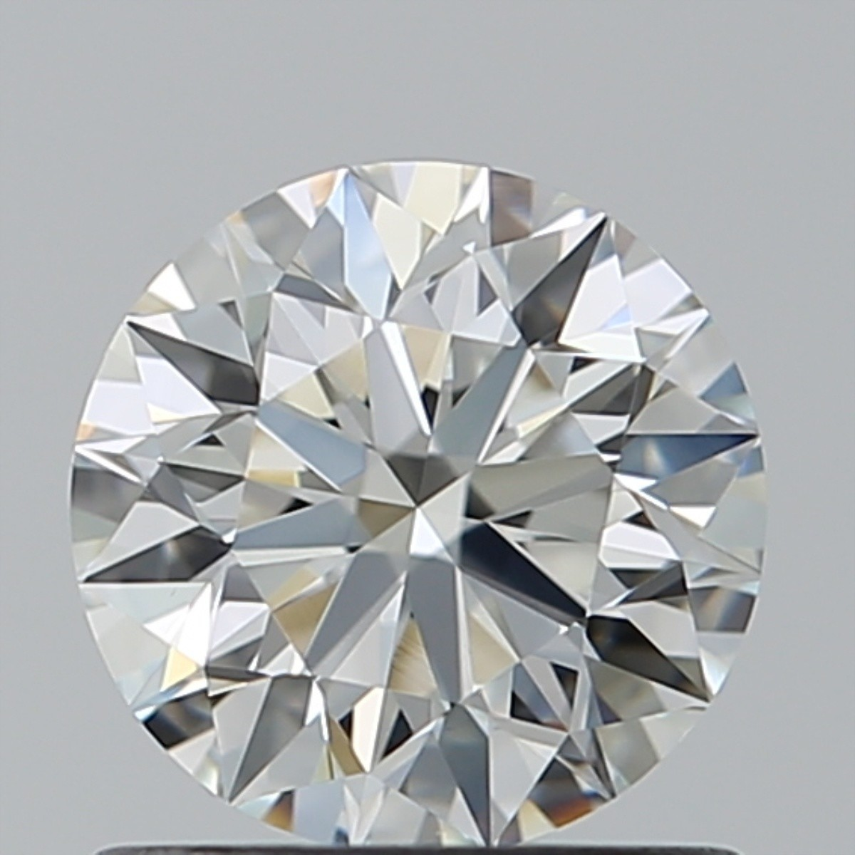 0.82 Carat Round Brilliant Diamond (H/VS1)