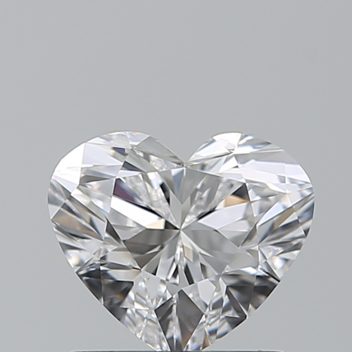0.90 Carat Heart Diamond (D/IF)