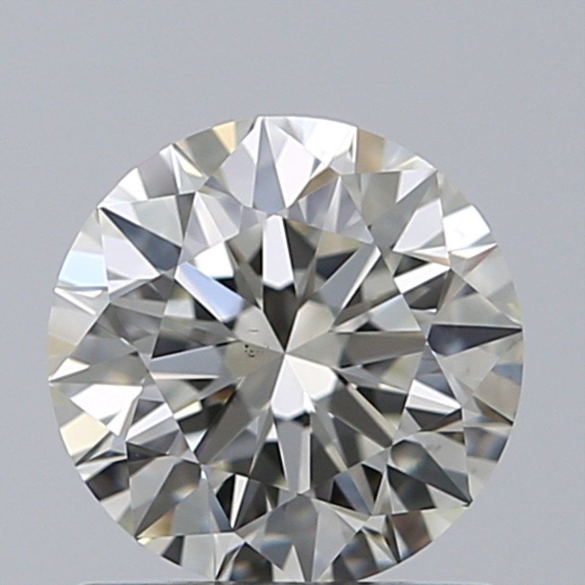 0.82 Carat Round Brilliant Diamond (J/VS1)