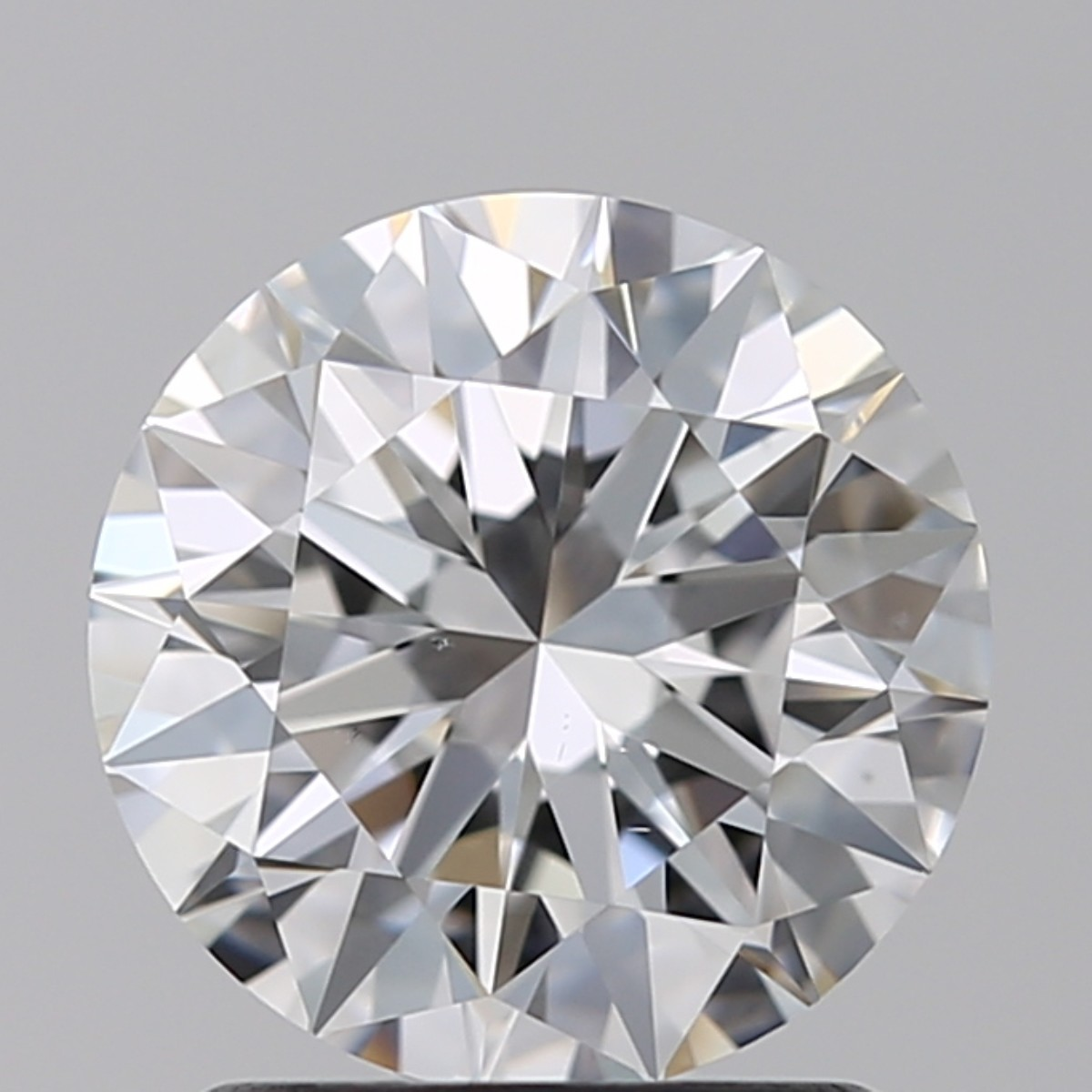 1.50 Carat Round Brilliant Diamond (E/VS2)