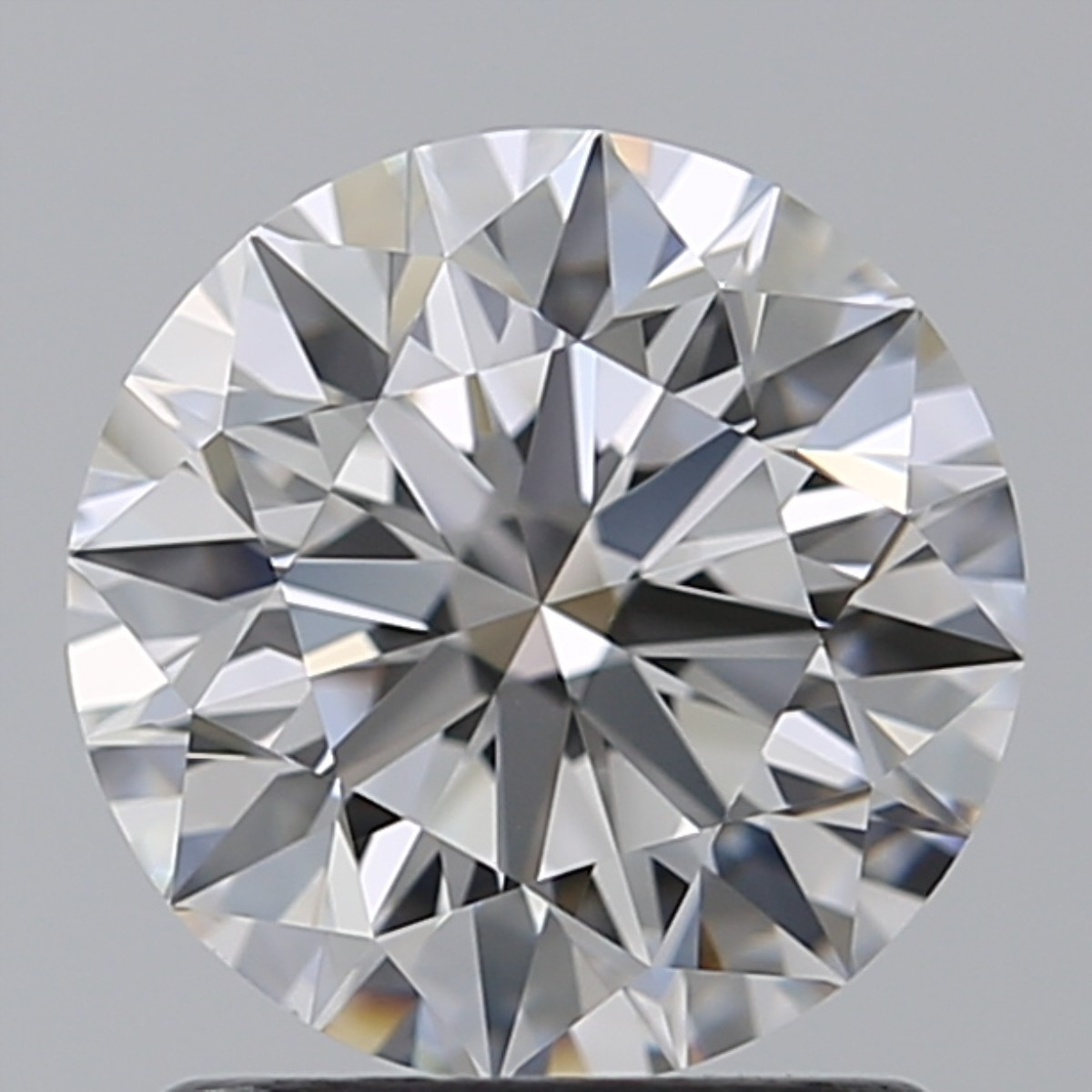 1.45 Carat Round Brilliant Diamond (E/VVS2)