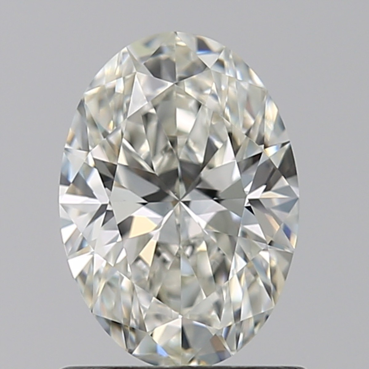 0.90 Carat Oval Diamond (I/VS1)