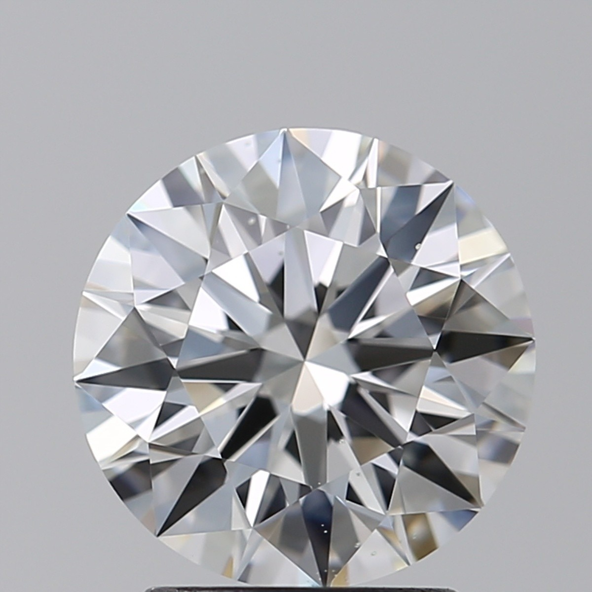2.01 Carat Round Brilliant Diamond (E/VS2)