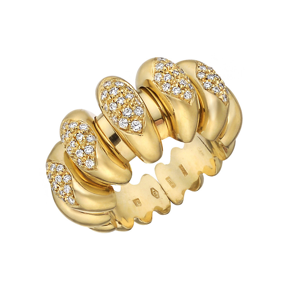 0b031c69b40530 18k Yellow Gold & Pavé Diamond Ring
