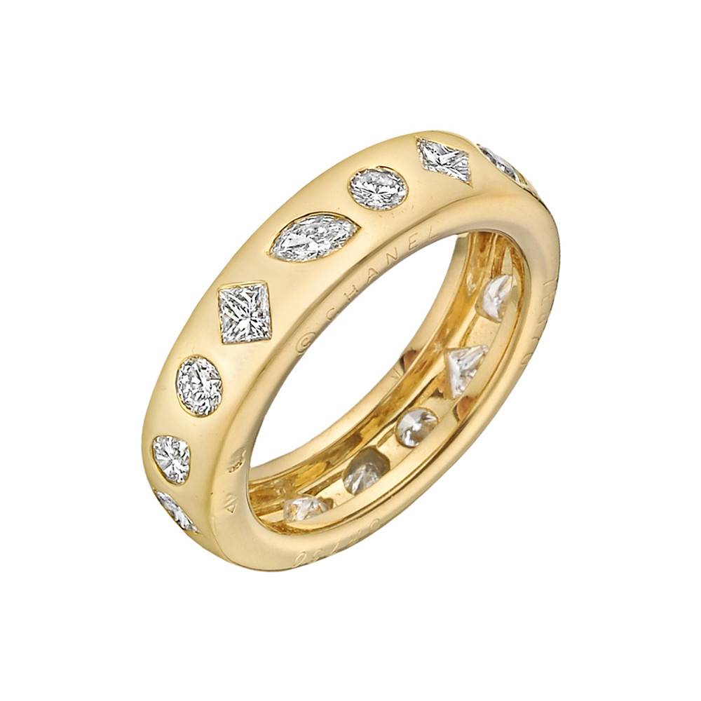 18k Yellow Gold & Multi-Shaped Diamond Band