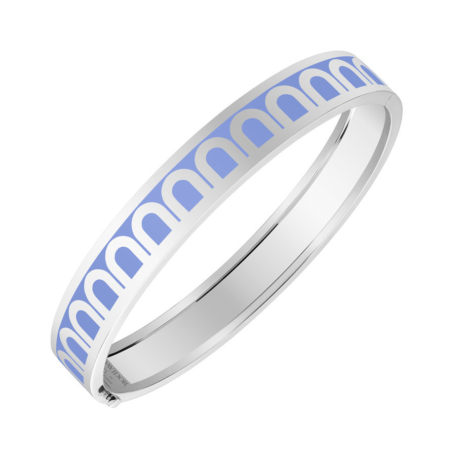 "18k White Gold & Hortensia Light Blue Lacquer ""L'Arc"" Medium Bangle"