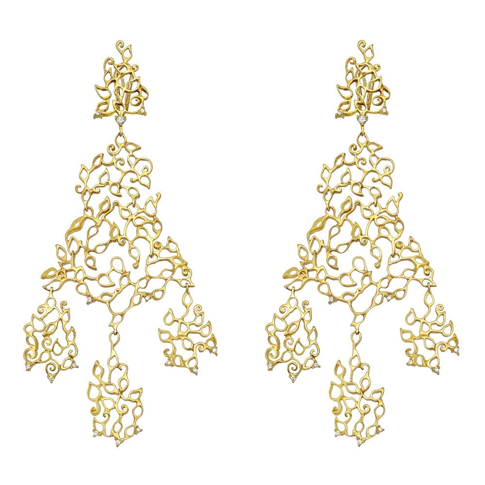 Estate hern 18k gold diamond girandole chandelier earrings long chandelier earrings in a cutout girandole style accented by approximately 032 total carats of circular cut diamonds mounted in 18k yellow gold arubaitofo Gallery