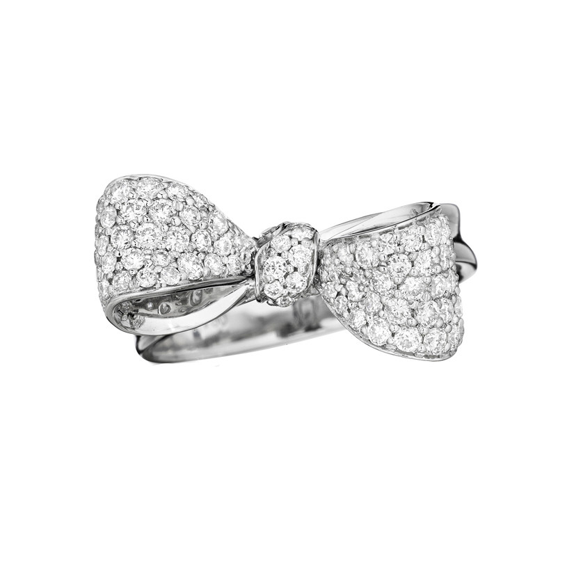 Small Pavé Diamond Bow Ring