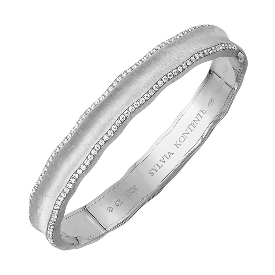18k White Gold & Diamond 'Curves' Bangle