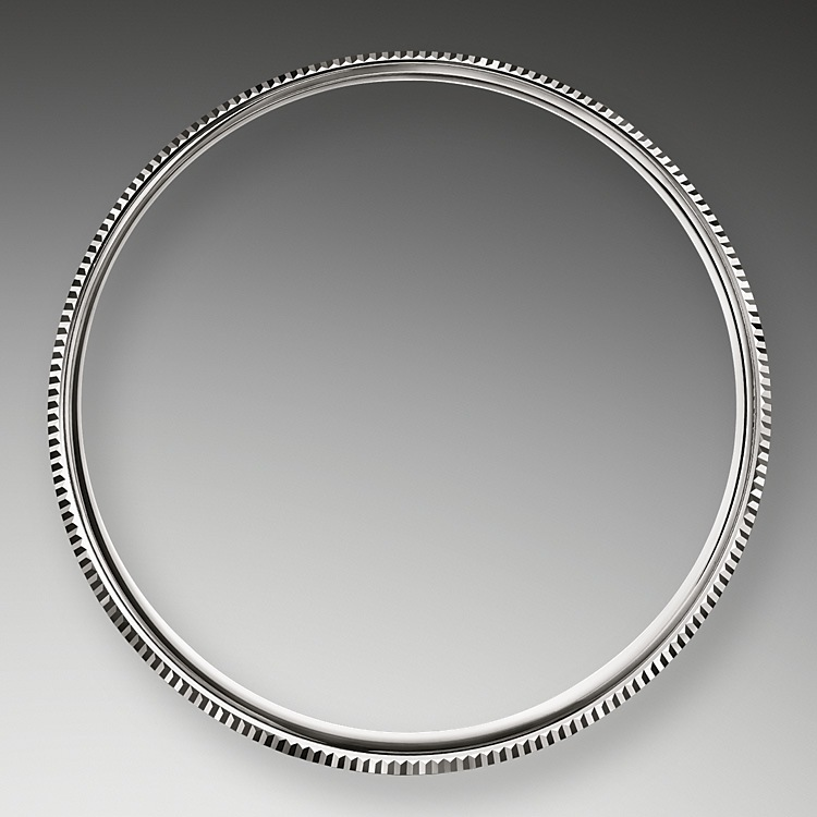 Domed and Fluted Bezel
